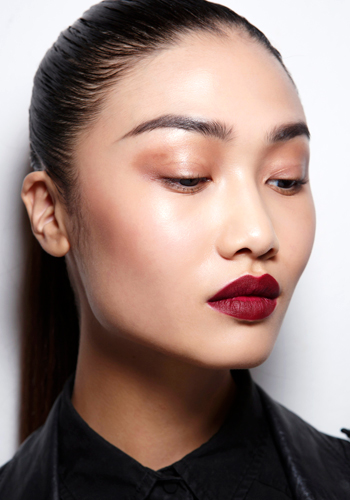 how-to-rock-a-dark-lip-for-fall-2014-2