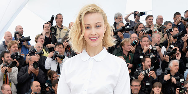 maps-to-the-stars-actress-sarah-gadon-talks-ghosts-julianne-moore-and-what-scares-her-2