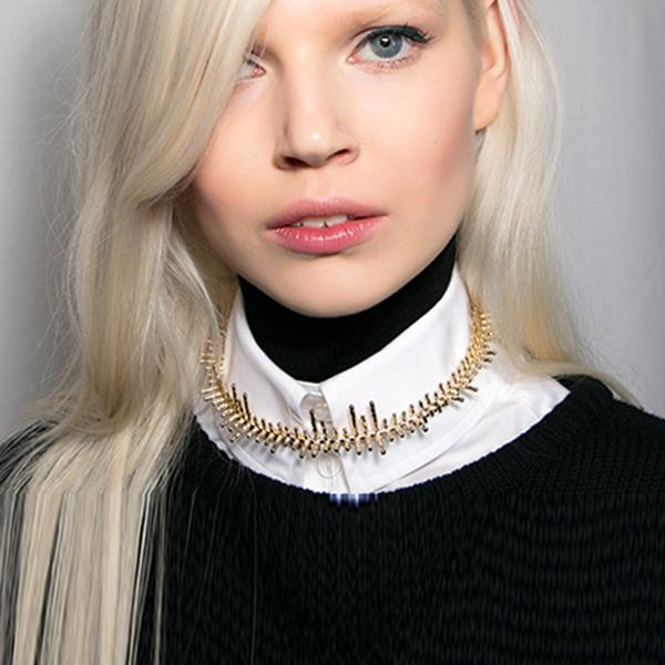 Choker necklace Fall 2014: Ports 1961