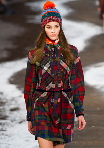 10 amazing ways to bring more plaid into your life