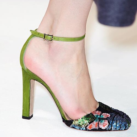 10 super luxe runway accessories