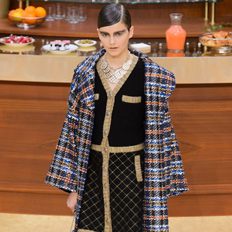 pfw-fall-2015-our-top-10-looks-from-chanel-2
