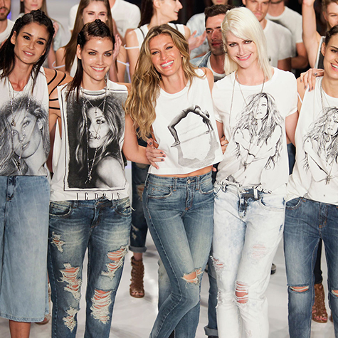top-9-moments-from-gisele-bundchens-final-runway-walk
