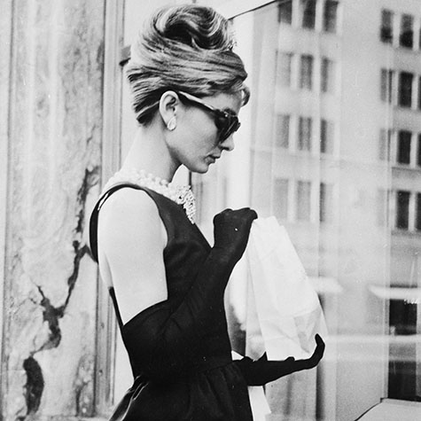 your-complete-guide-to-audrey-hepburn-hair-2