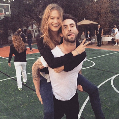 These models are giving us total #coupleenvy right now