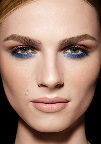 transgender-model-andreja-pejic-lands-make-up-for-ever-campaign