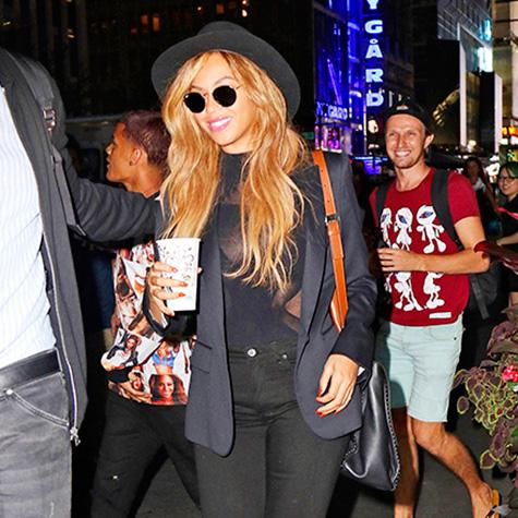 Dress like a cool celebrity mom