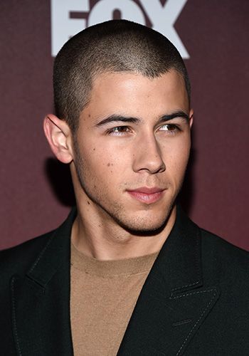 nick-jonas-maybe-just-confirmed-that-he-and-kate-hudson-are-dating-3