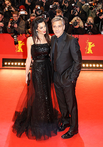 amal-clooney-looks-like-a-shimmering-mermaid-cant-stop-holding-hands-with-george-clooney