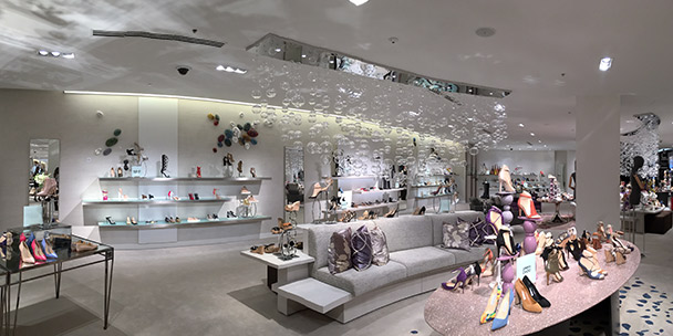 everything-you-need-to-know-about-saks-fifth-avenue-opening-in-toronto-2