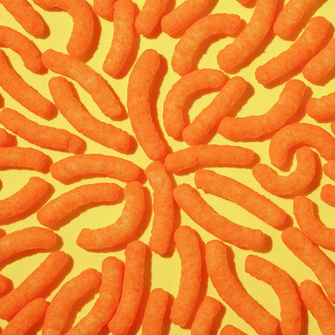 rihanna-has-a-thing-for-cheetos-2