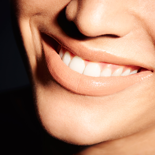 5 ways to make your teeth look whiter