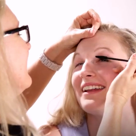 WATCH: Moms do their daughters' makeup