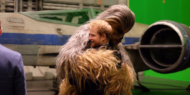 prince-harry-spotted-getting-cosy-with-a-star-wars-star-2