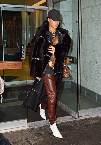 this-is-what-rihanna-wore-to-the-dentist-2