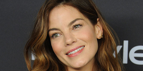 exclusive-michelle-monaghan-is-totally-okay-with-turning-40-its-everyone-else-whos-freaking-out