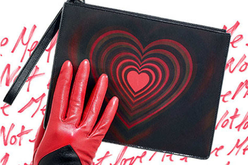 9f9cf47a-d89a-491e-b6ab-cd4d491ea59f-glove-purse.jpg