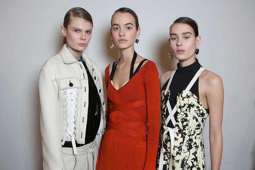 e8d1776a-ecd7-4614-b21a-8cbfdce2e3eb-add-these-looks-to-your-fall-fashion-mood-board.jpg