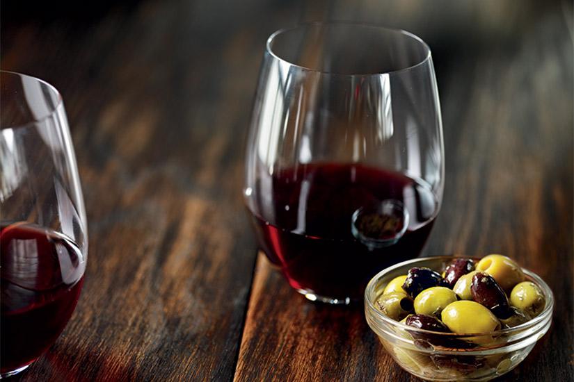 57425876-77df-4a4f-a33c-9f08336ab2f4-starbucks-wine-jpg