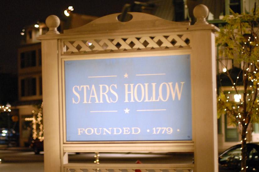 e5455f33-8463-4bc5-b47b-8d59aed76fb6-stars-hollow-jpg