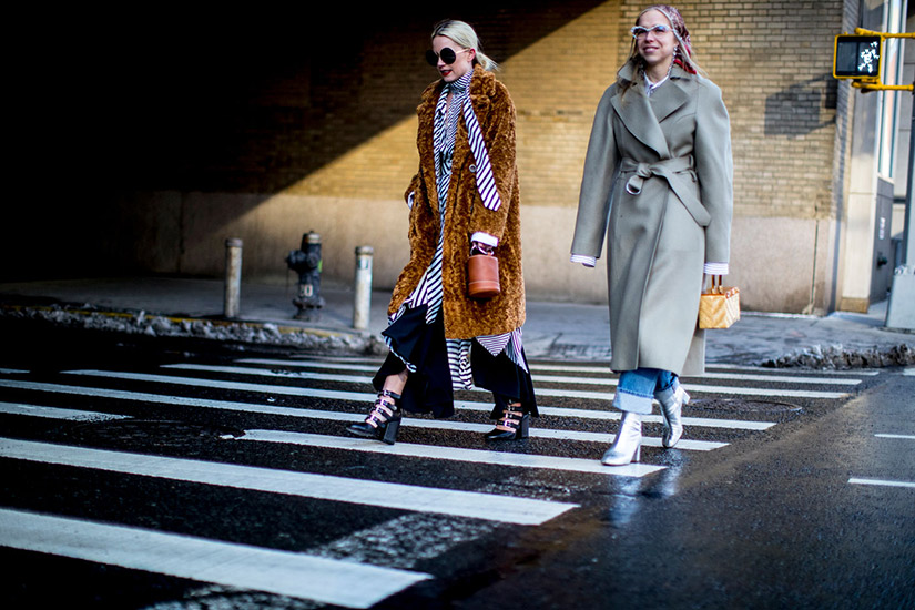 32c1cb54-e5cb-4d52-8d97-dbc66c1859b9-new-york-fashion-week-street-style-fall-2017-13.jpg
