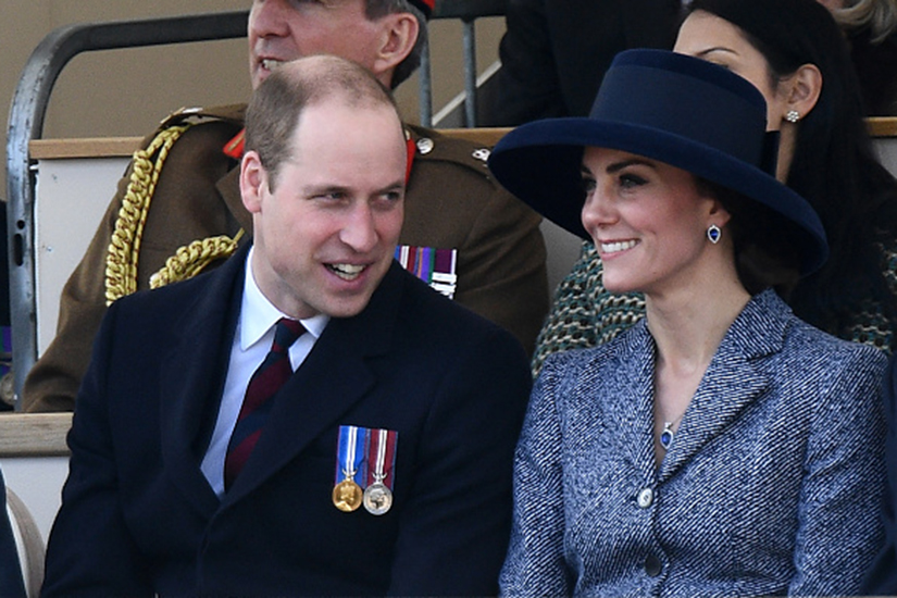 01e6d18f-9846-4015-88a6-ef752e22157c-kate-middleton-new-hat-blue.jpg
