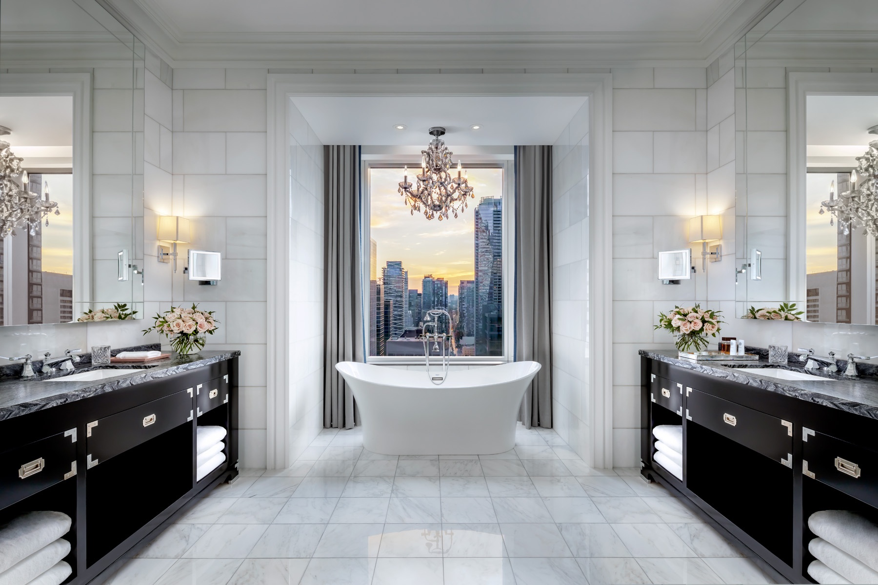 674ab49b-29dc-4a4e-a088-02208ce4b0ce-astor-suite-bathroom.jpg