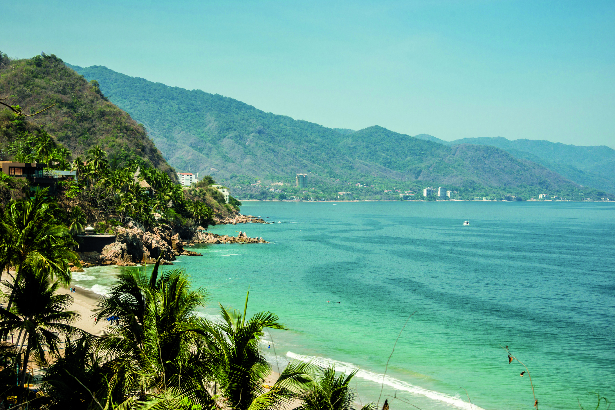 beach-at-puerto-vallarta