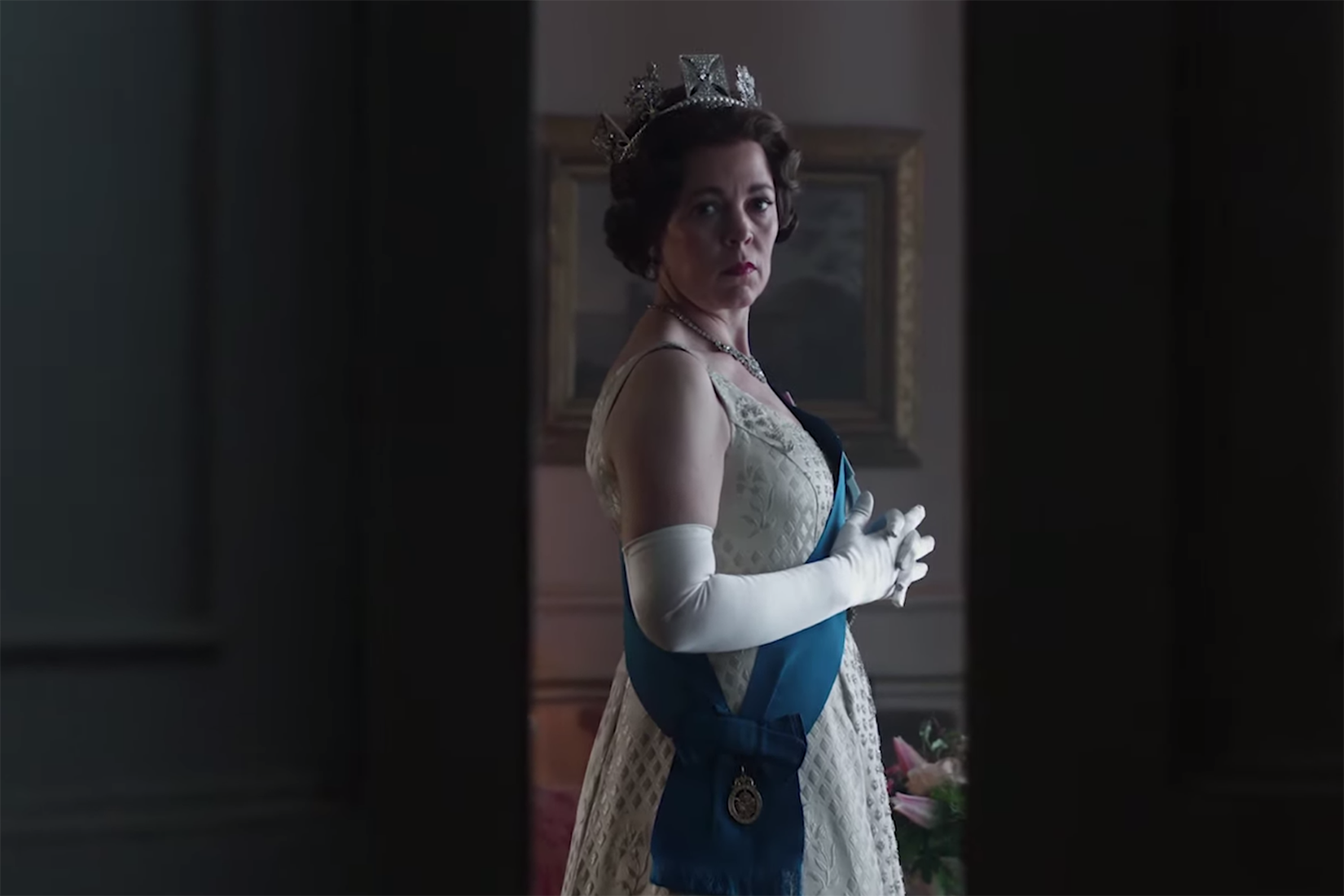 the-crown-season-three-olivia-colman
