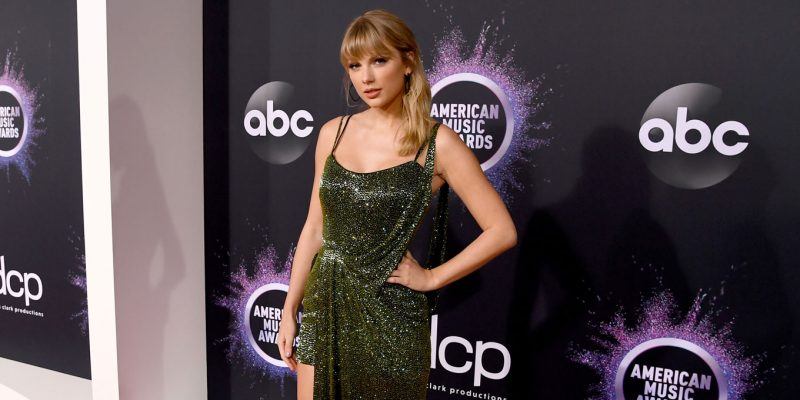 Taylor-Swift-AMAs-2019