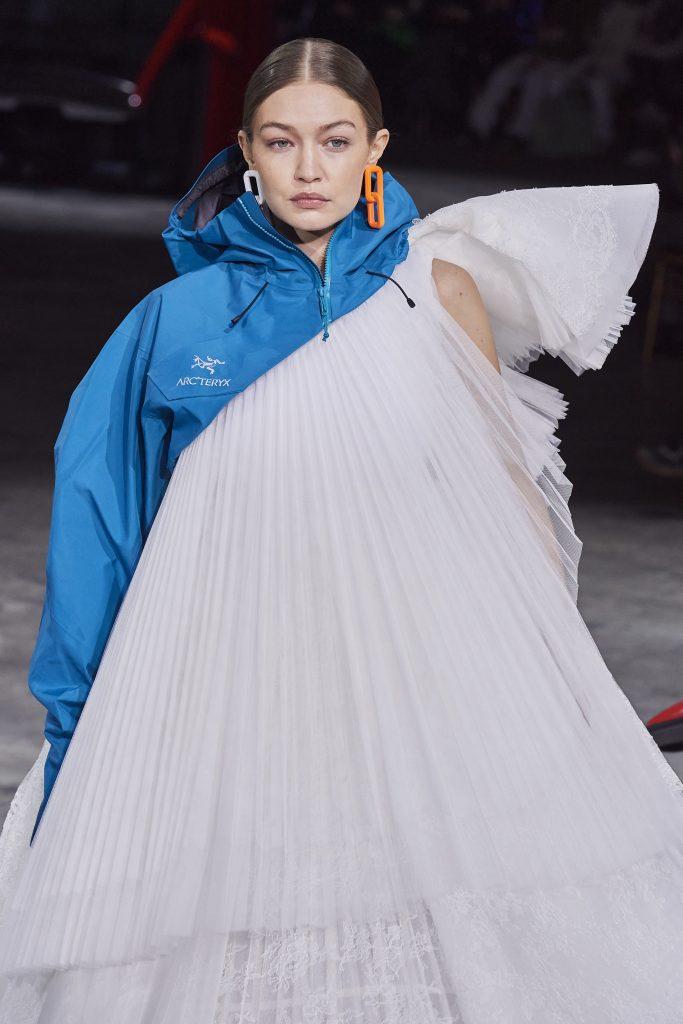 Gigi Hadid walks Off-White.