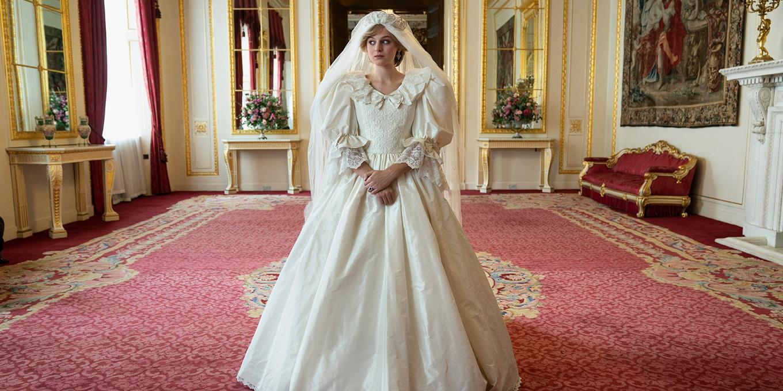 the-crown-princess-diana-wedding-dress