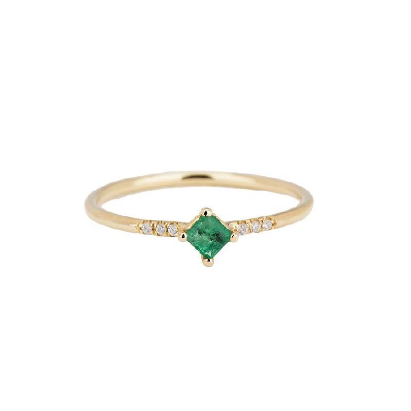Emerald Point Equilibrium Ring
