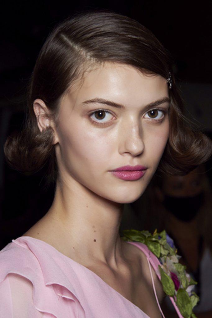 SS21 Hair Trend: Draw the Line (Blumarine)