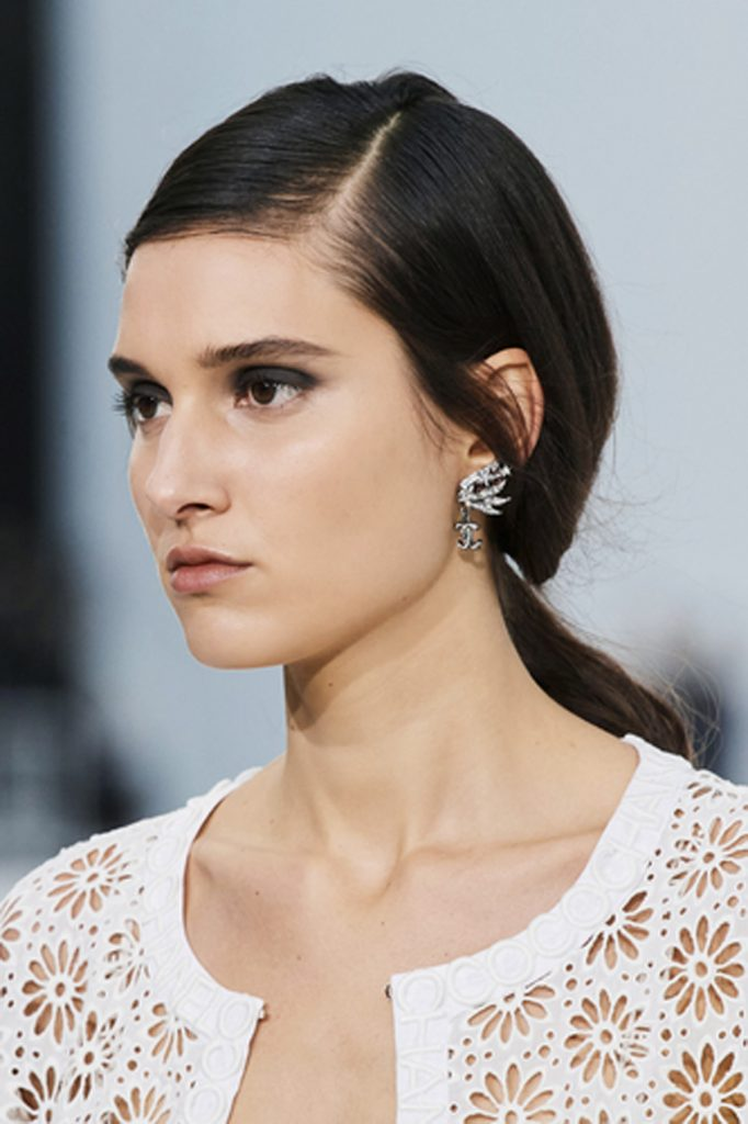SS21 Hair Trend: Draw the Line (Chanel)