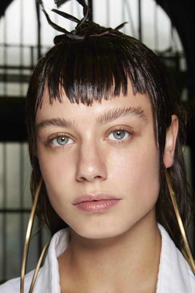 SS21 Hair Trend: Long Live Bangs (Maitrepierre)