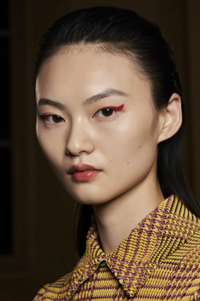 SS21 Makeup Trend: Eye On Colour (Ferragamo)