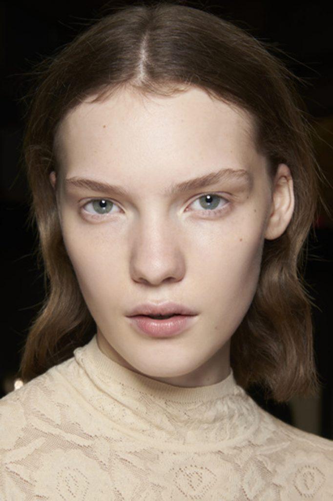 SS21 Makeup Trend: Glow Up (Kenzo)