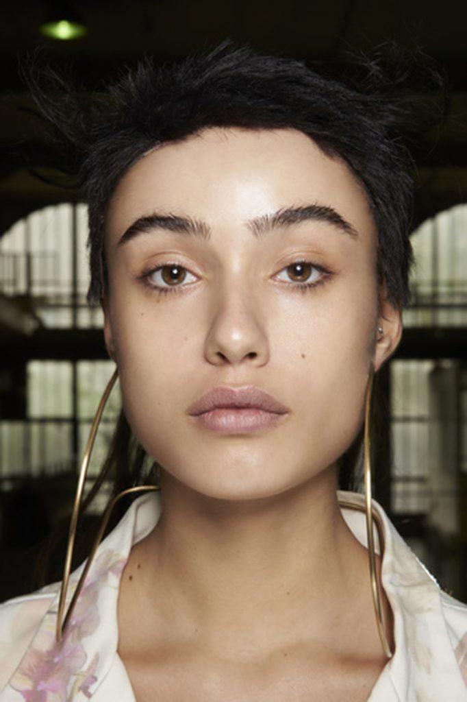 SS21 Makeup Trend: Glow Up (Maitrepierre)