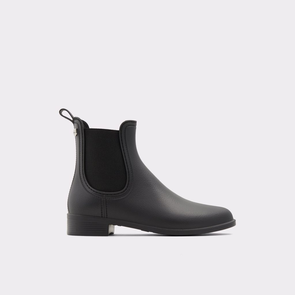 ELLE TOP: 10 of the Most Stylish Spring Rain Boots