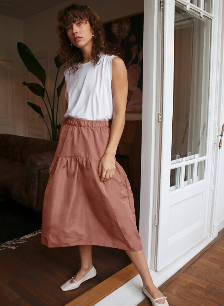 ELLE TOP: 10 Trendy Skirts to Slip Into