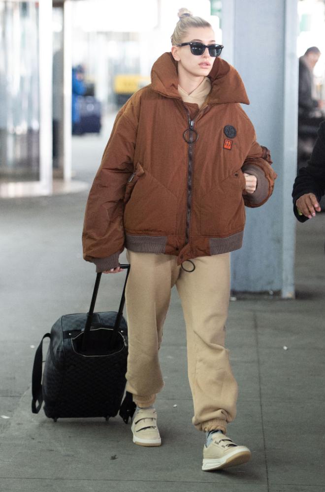 Hailey Bieber at Airport