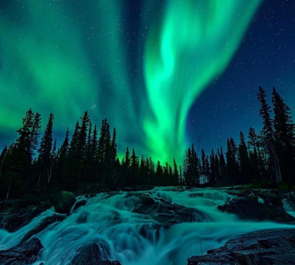 Cameron Falls Trail, Northwest Territories