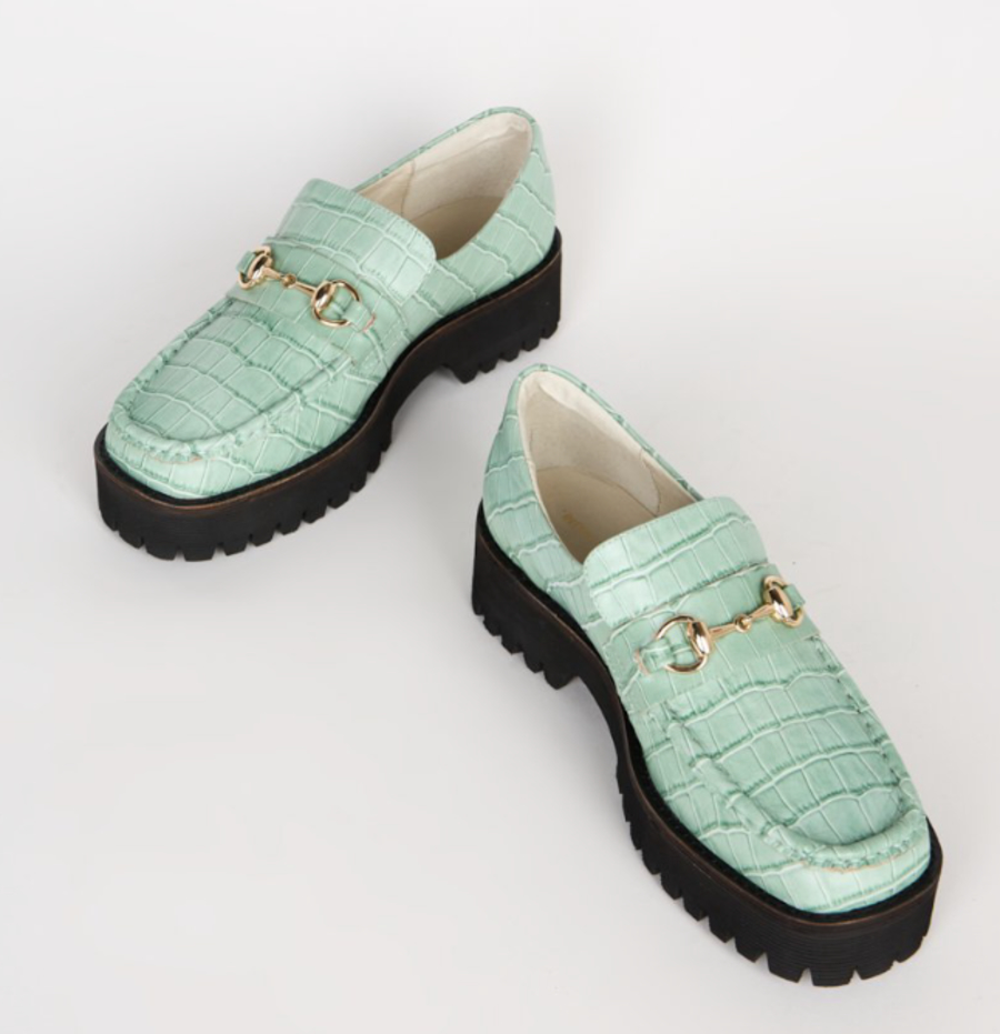 Loafers-Zodiac-Sign-Aquarius