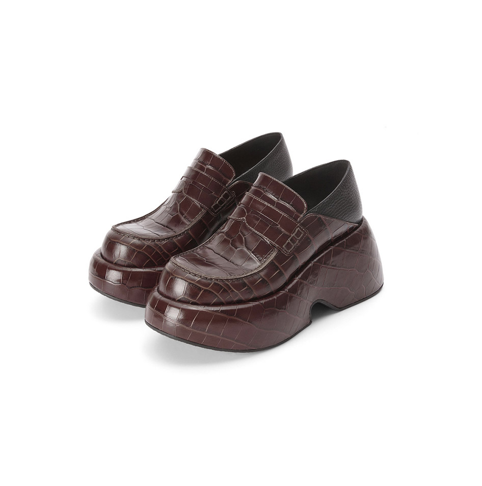 Loafers-Zodiac-Sign-Aries