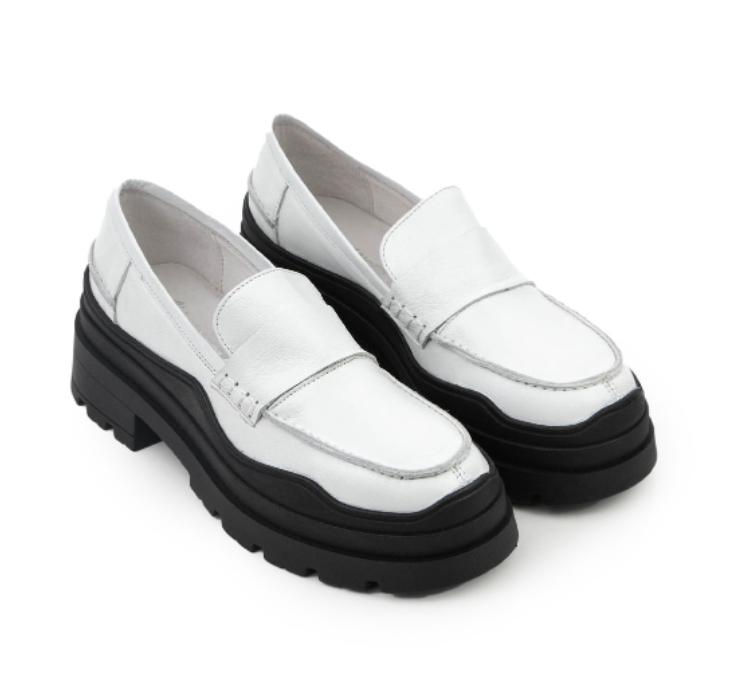 Loafers-Zodiac-Sign-Capricorn