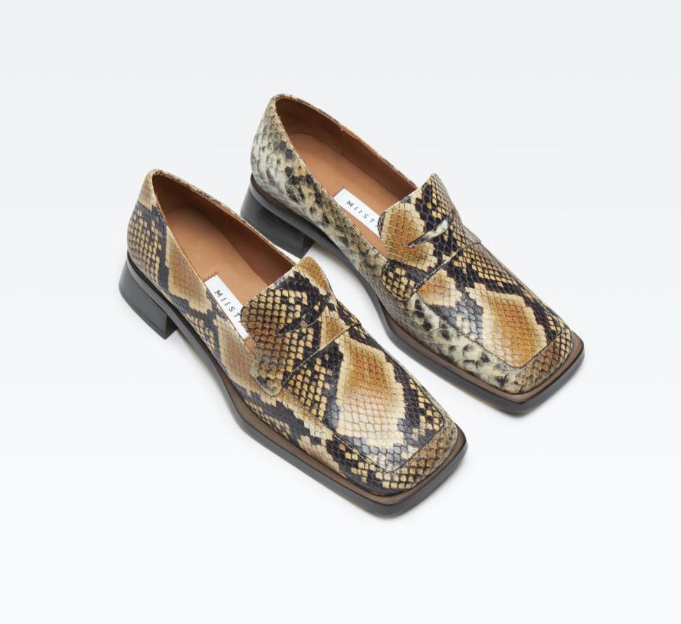 Loafers-Zodiac-Sign-Leo